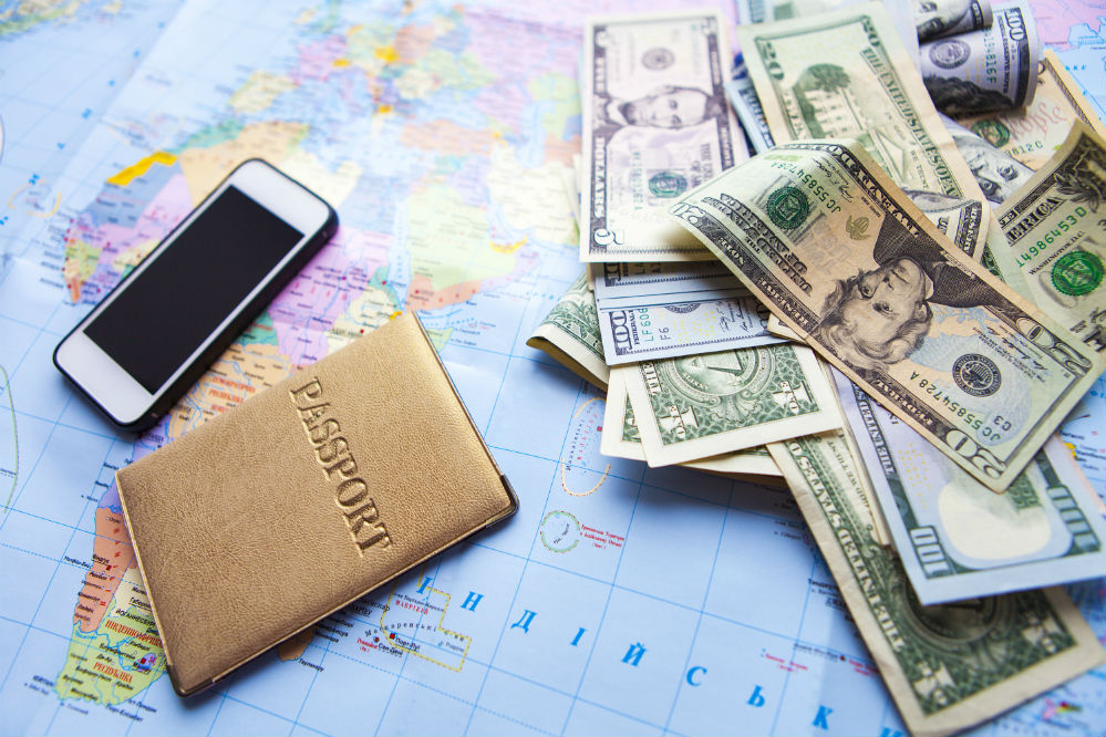 How to Travel Safely with Cash